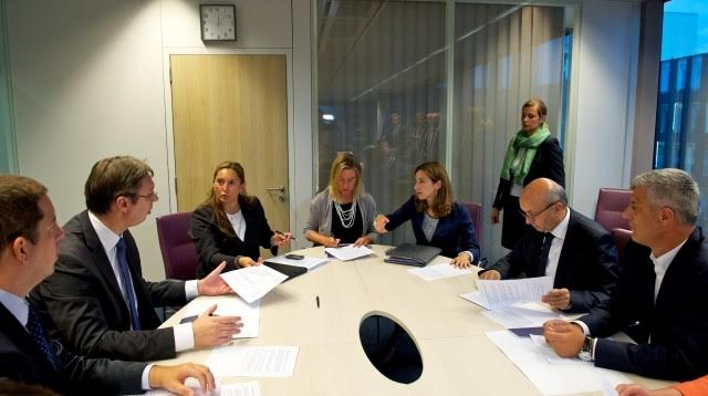 Kosovo submits the report on the dialogue with Serbia