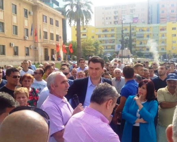 """Opposition leader starts a new tour of meetings with the citizens for """"a new project"""""""