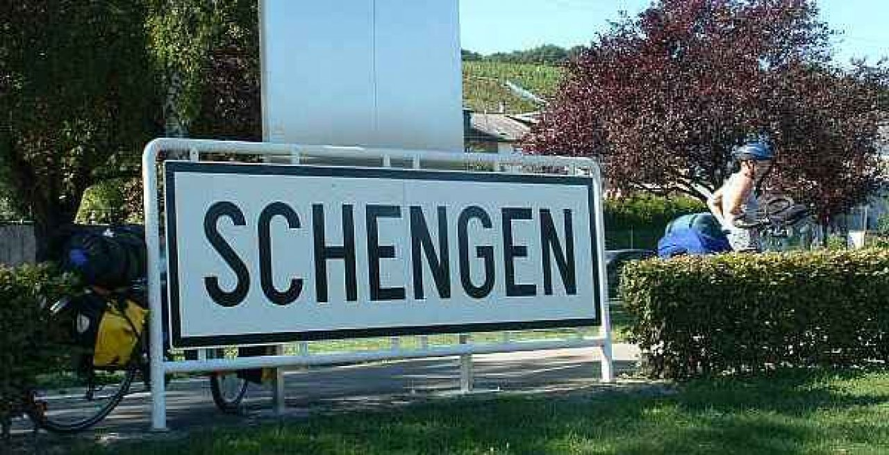 Decision on accession of Bulgaria and Romania to Schengen zone to be postponed again – reports