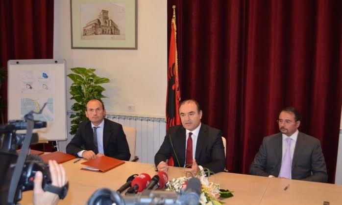 Albanian government signs the concession for the Yacht Port in Durres
