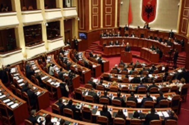 Strong debates in the Albanian parliament on decriminalization