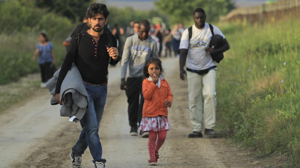 """Croatia closes its border to """"economic"""" migrants"""