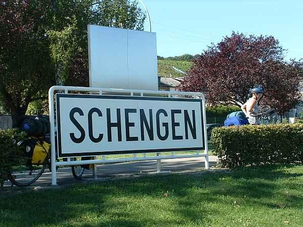 Is the visa regime in the Schengen area being restored?