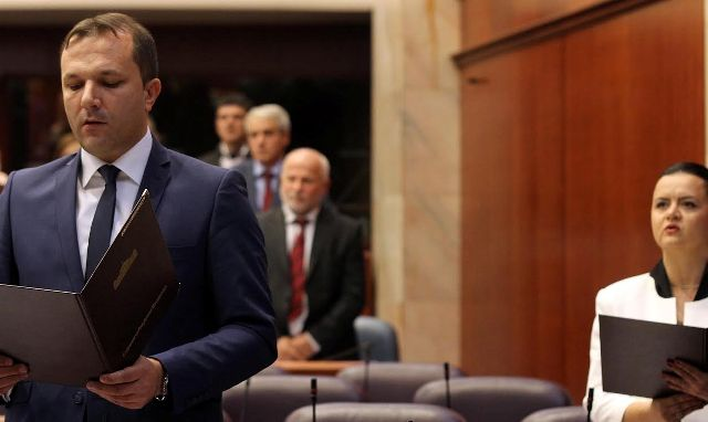 Opposition representatives become part of the government in FYROM