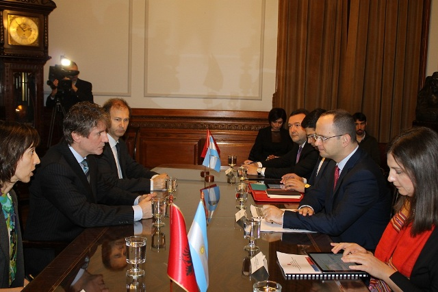 Foreign Minister Bushati holds an official visit to the Republic of Argentina VIDEO
