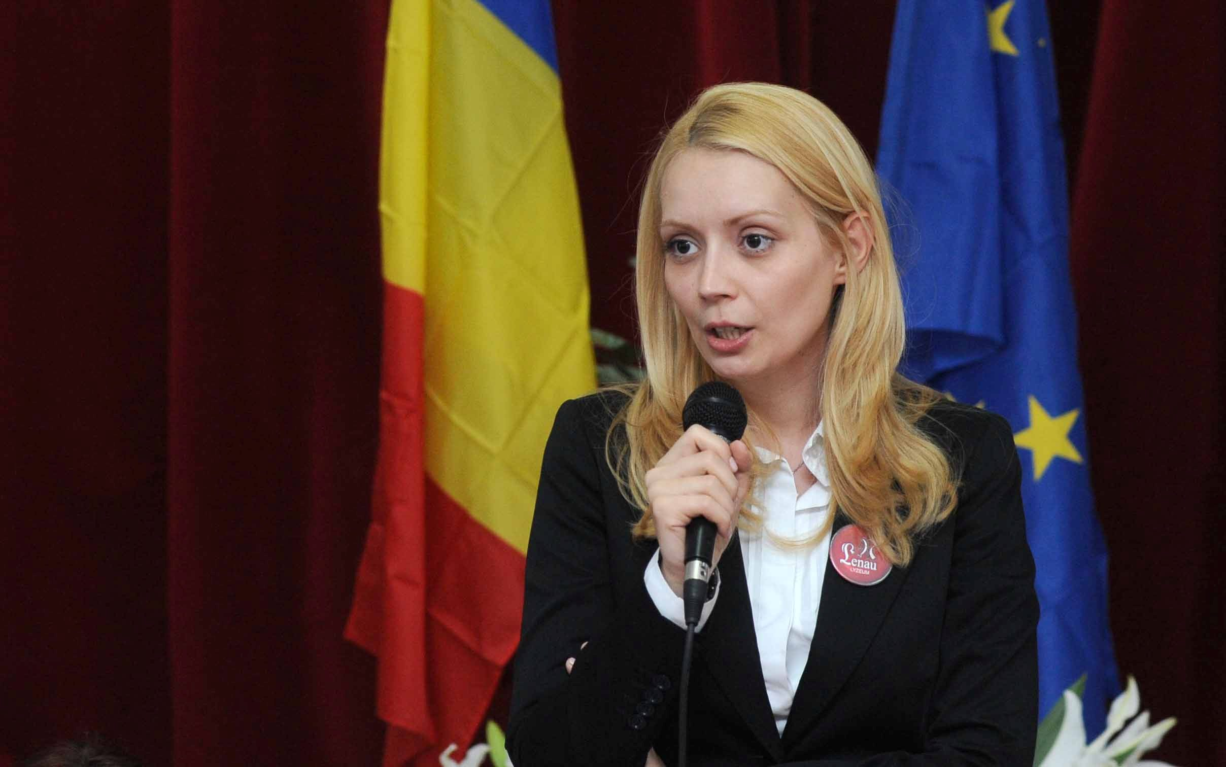 Romanian PM's wife is set on business