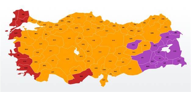 AKP appears set to win majority after 50% of the votes counted
