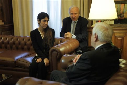 The woman-symbol in the fight against the ISIS visits the Greek President