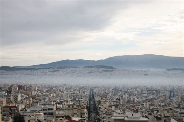Unhealthy smog is back because of fireplaces in Athens