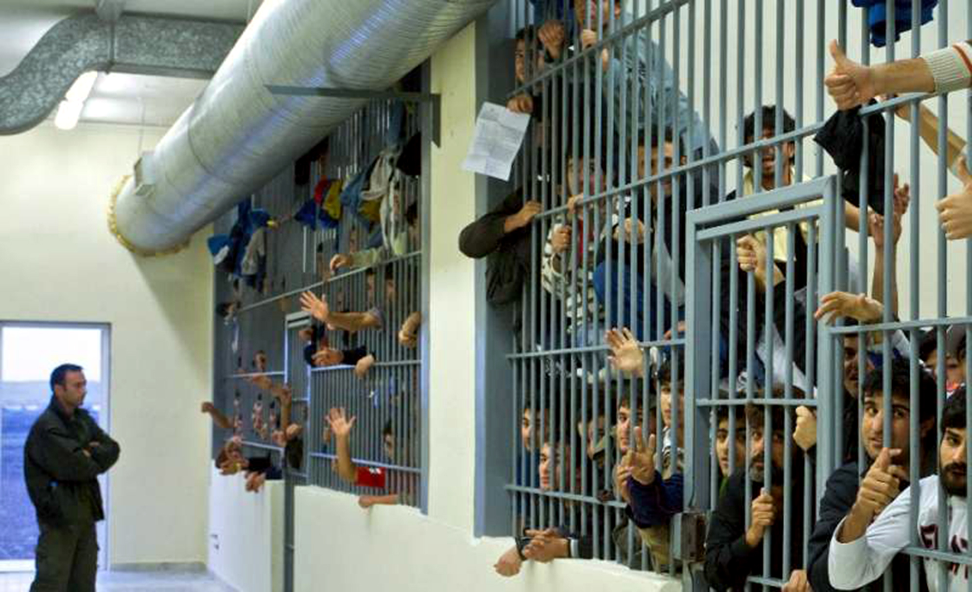 T:Controversial solutions for Romania's overcrowded prisons