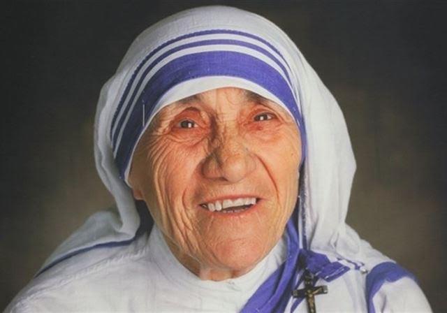 Vatican decrees the sanctification of Mother Teresa