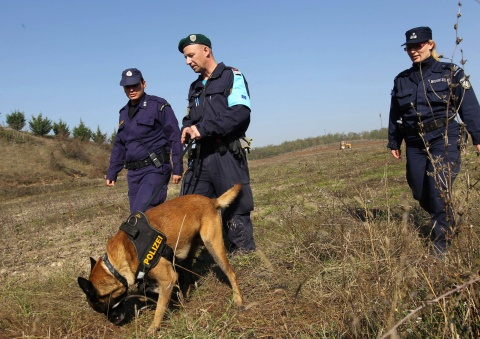 """Commission will control borders with a new """"Frontex"""""""