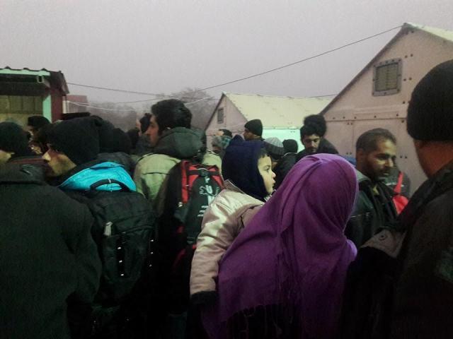 Refugee welcome centers do not meet standards