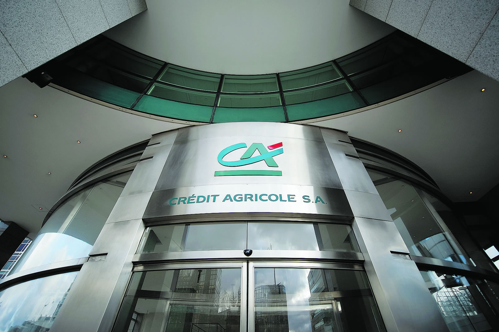 Credit Agricole back in Greece