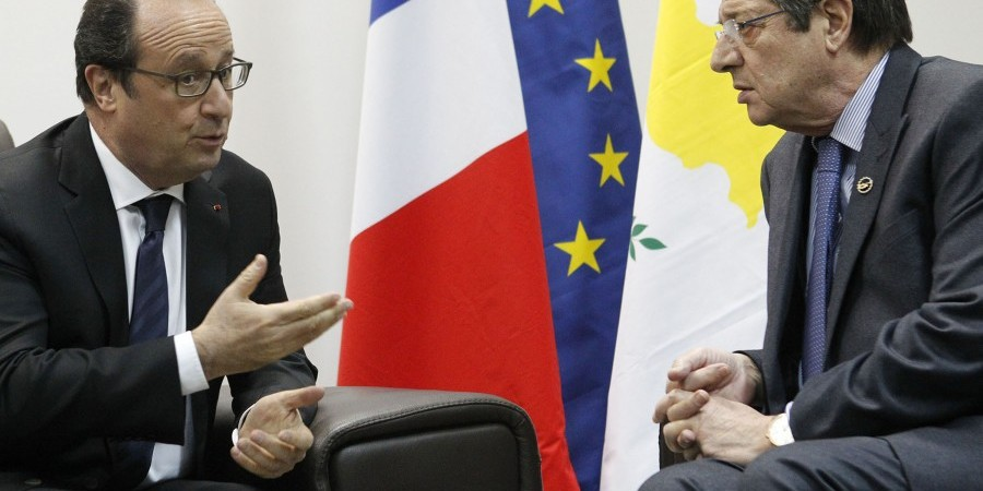 Hollande – Anastasiades discuss ways to fight terrorism