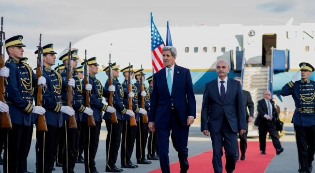 Kerry: USA doesn't back any agreements that threaten the territory of Kosovo