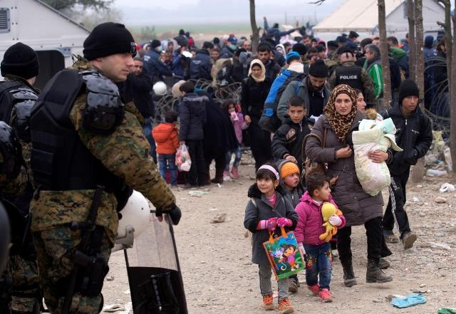 Skopje awaiting the EU for a solution of the refugee crisis