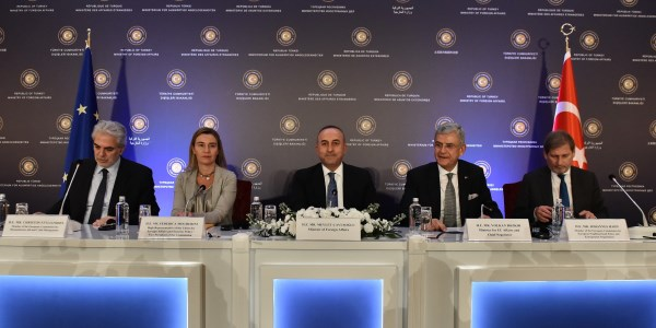 EU and Turkey pledge to give full support to efforts for a Cyprus settlement