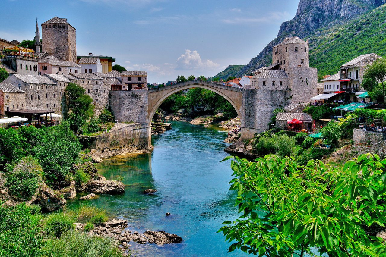 Serbs and their problems in Mostar marginalised