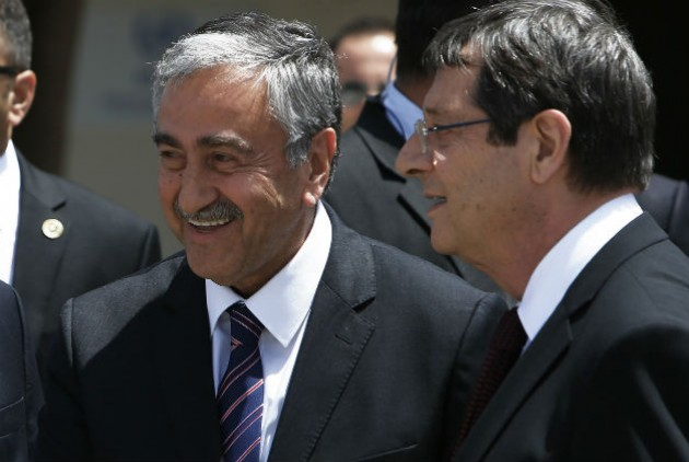EU Commission: We would do everything to facilitate the Cyprus peace talks