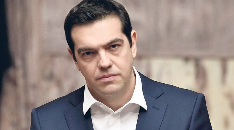 Tsipras in Davos: 2015 closes with a primary surplus