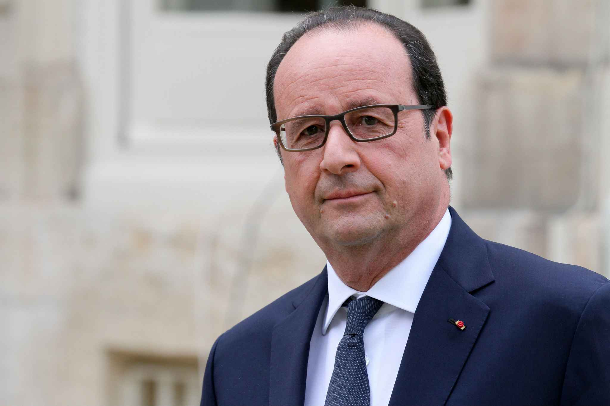 Francois Hollande will visit Romania