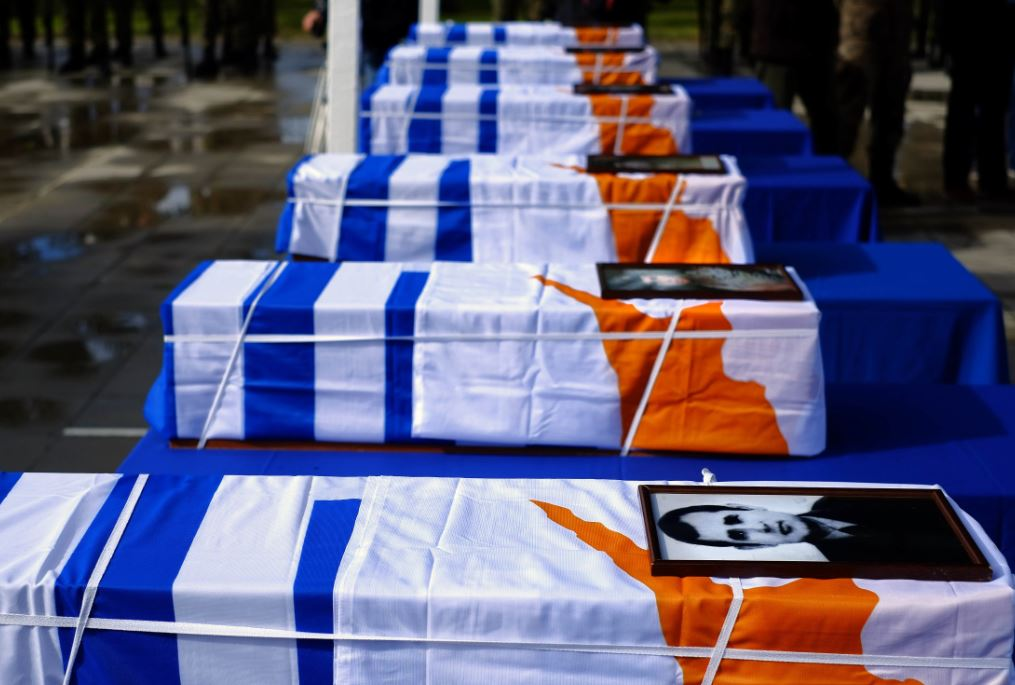 Remains of Greek officers delivered to Greece