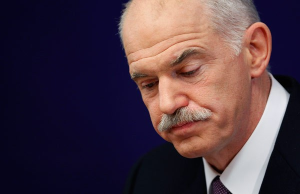 "Papandreou says ""present"" to political developments"