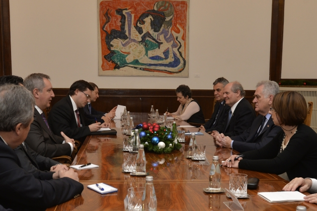 Unease over Rogozin's meeting with Serbian radical