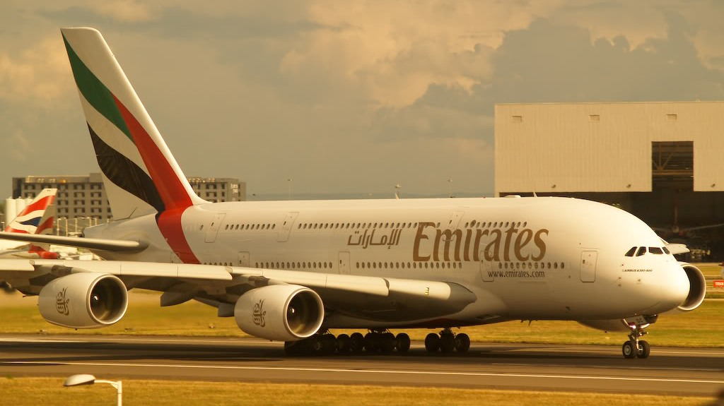 Emirates airline plans second daily service to Athens