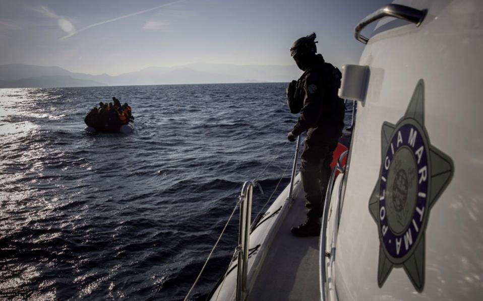 Greek authorities: Groundless accusations about refugees