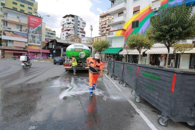 Public  cleaning services in Tirana nationalized