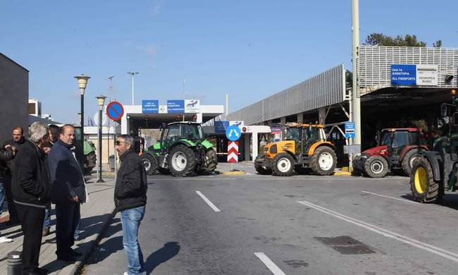 Farmers withdraw from the blockades