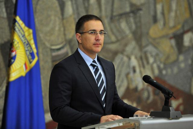 Serbia to act as Germany and Austria in refugees' crisis