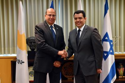 First official visit by an Israeli Minister of Defence to Cyprus