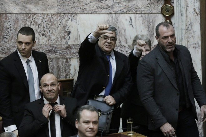 """Extreme right wing MPs expelled for """"unacceptable behavior"""""""