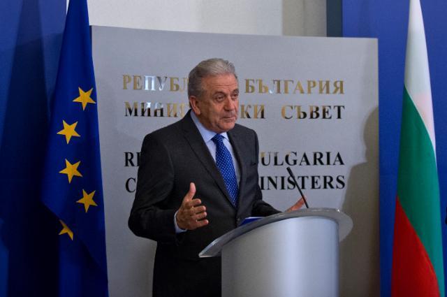 Migration Commissioner Avramopoulos to brief EC on Greek-Bulgarian border blockades