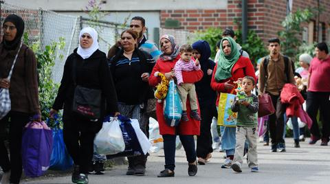 Serbia to open 15-18 refugees centers