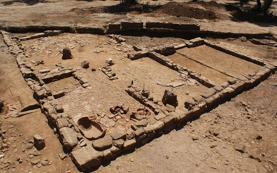 Change of plans due to excavation of antiquities
