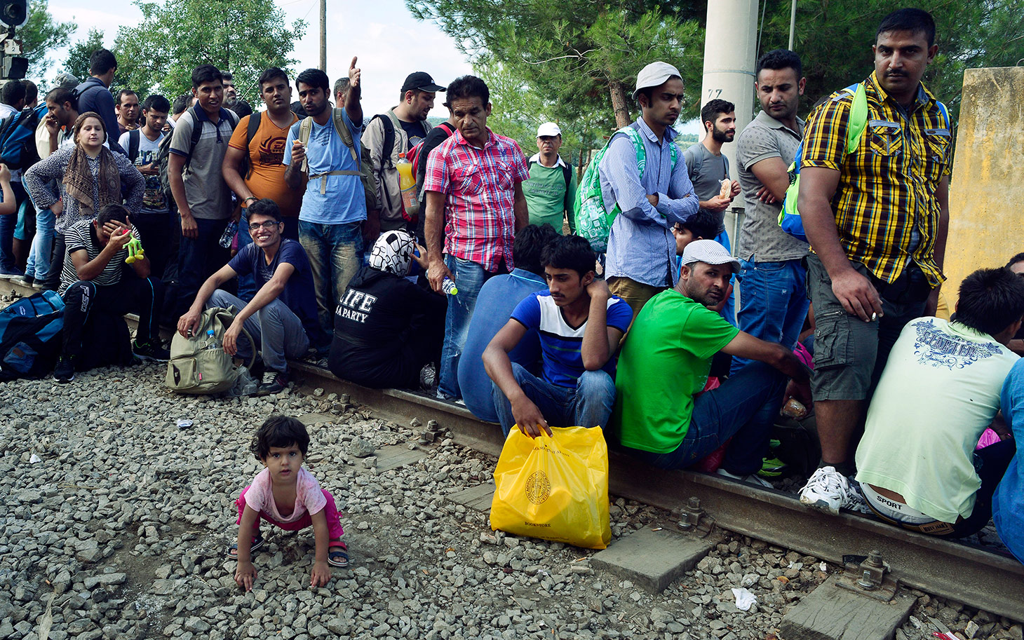 EU confutes it asks Serbia to take refugees permanently