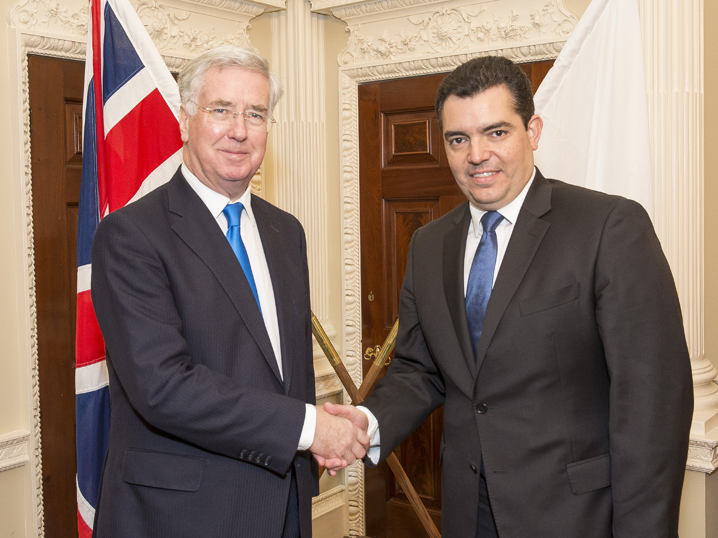 """Cypriot Defence Minister pays """"productive"""" official visit to London"""