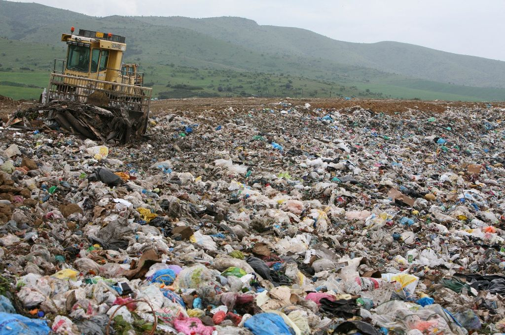 Mayors and Greek businessmen accused for Cyprus Landfill scandal