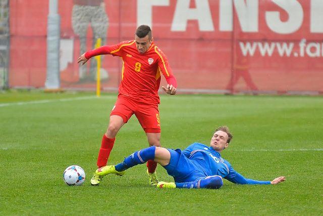 Under 21s draw against Island