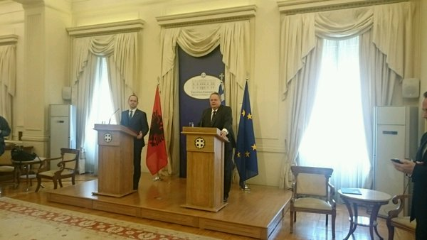 Foreign Ministers of Greece and Albania discuss bilateral issues in Athens