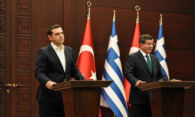 Tsipras – Davutoglu: Greece and Turkey will not accept the permanent stay of refugees