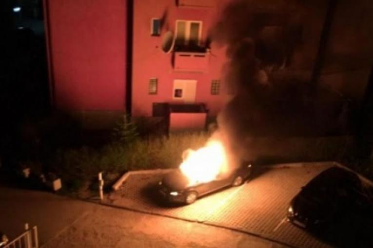 The private car of a LDK lawmaker in Kosovo is set on fire