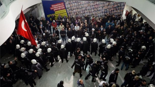 Police raid in the newspaper Zaman – The background of the case