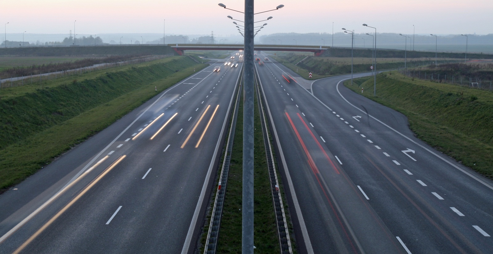 Motorways move at snail's pace in Romania