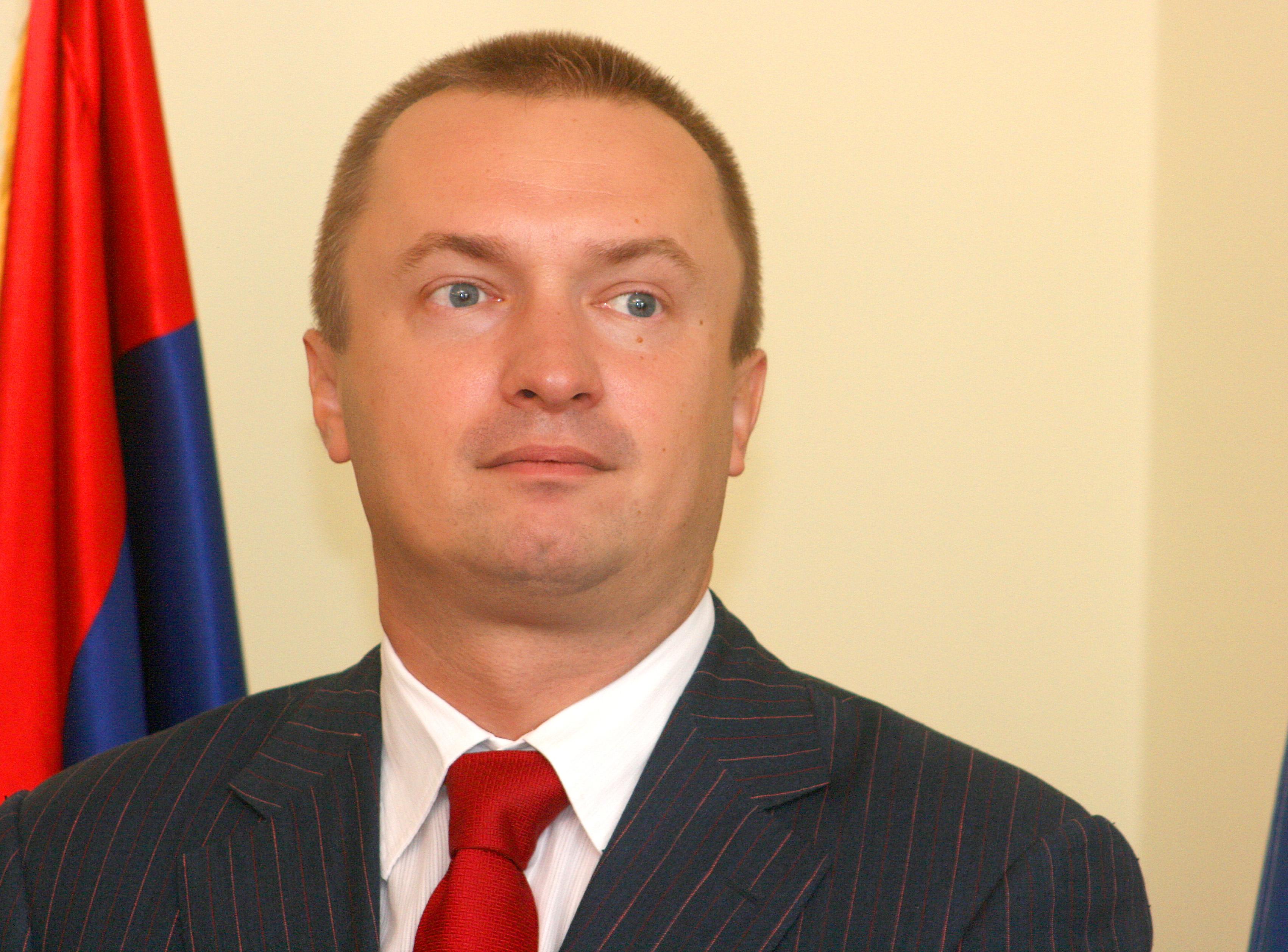 Serbia looks like North Korea, opposition leader says