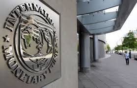 IMF: Risks from political deadlock in various countries such as Greece and the US